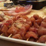 Hähnchenspieße mit Erdnußsauce
