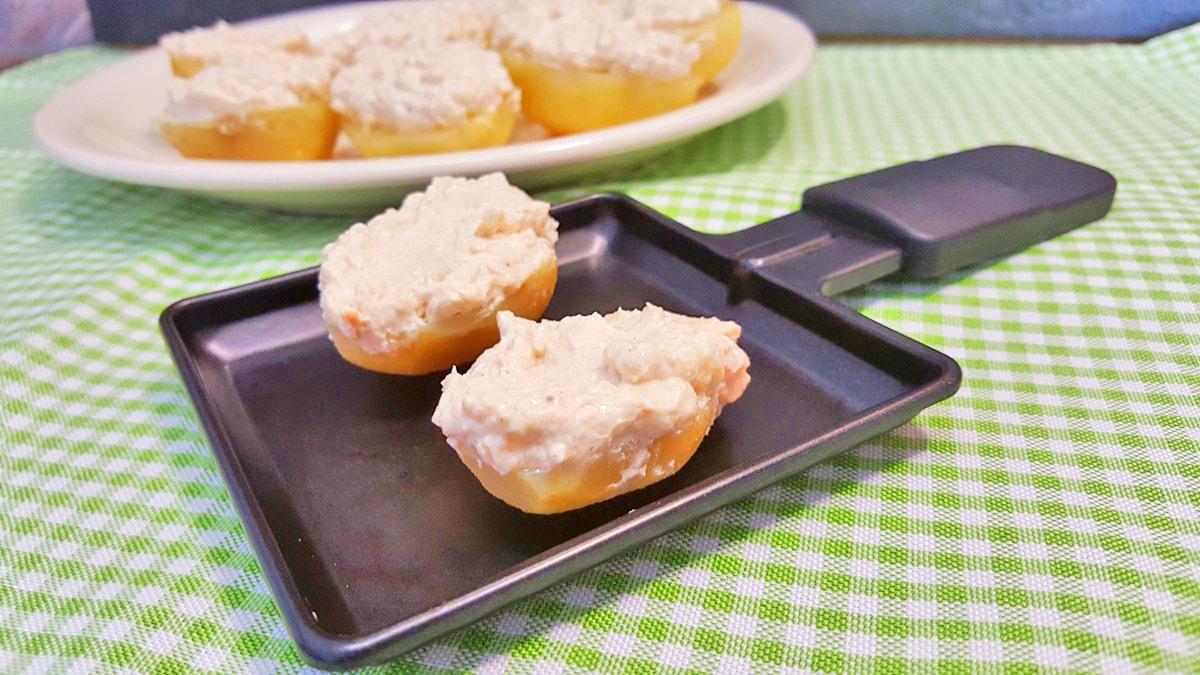einfaches Rezept fürs Raclette: Kartoffeln mit Käse überbacken