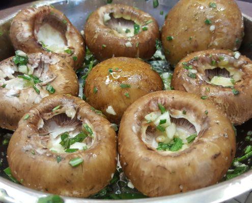 provenzialische Champignons für den Grill