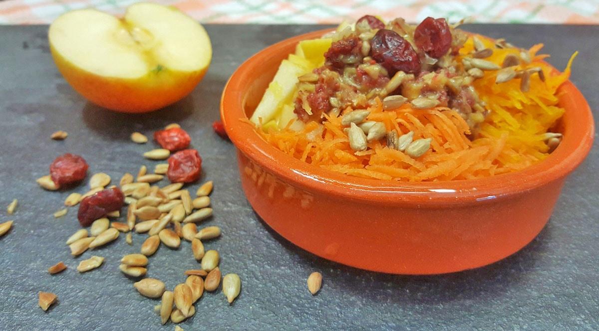 Kürbis-Apfel-Möhren-Salat – Ruckzuck Rezept