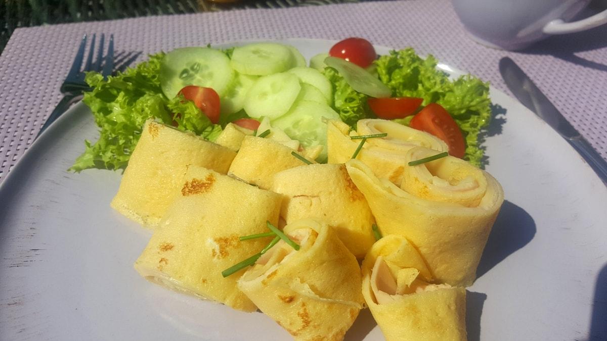 Frühstück Mallorquine – gefüllte Crêpes mit Schinken und Käse