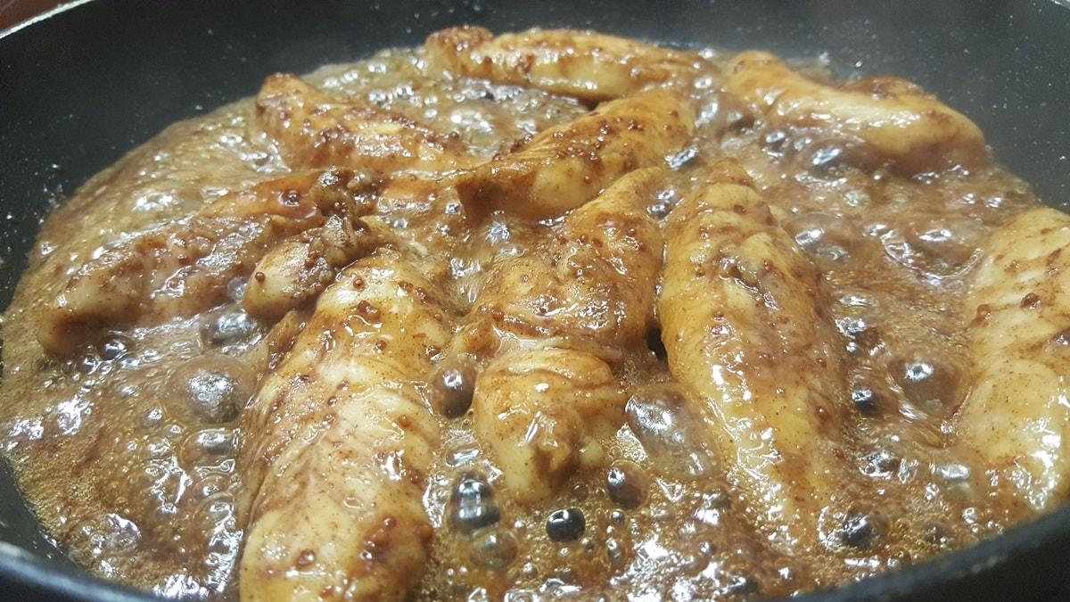 Hühnerstreifen in Marinade mit Zimt