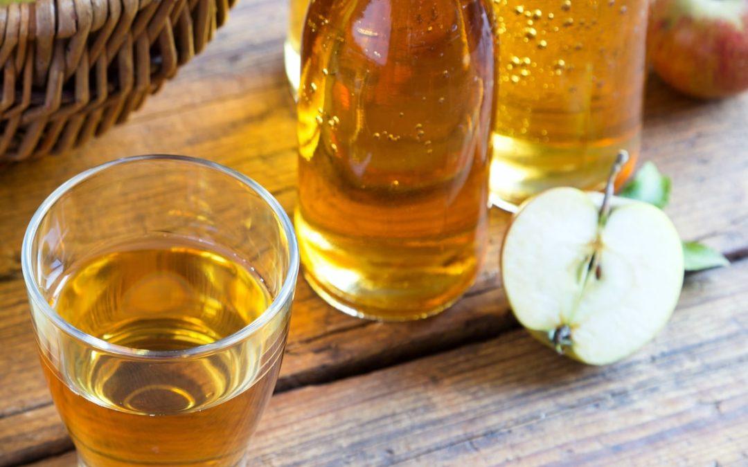 Apfelessig-Walnuss-Dressing Rezept für Salat