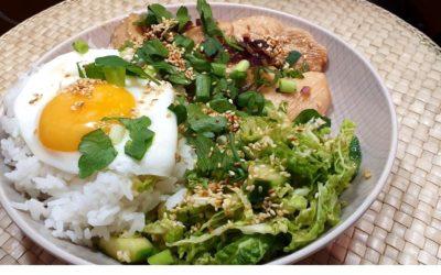Koreanisches Hühnchen mit Blitz Kimchi