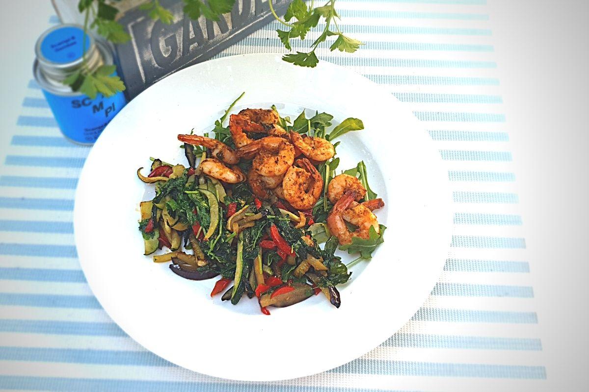 Rezept für mediterranes Sommer Gemüse mit Garnelen