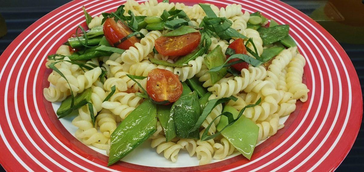 Pasta Rezept schnell und einfach im Frühling mit frischem Bärlauch