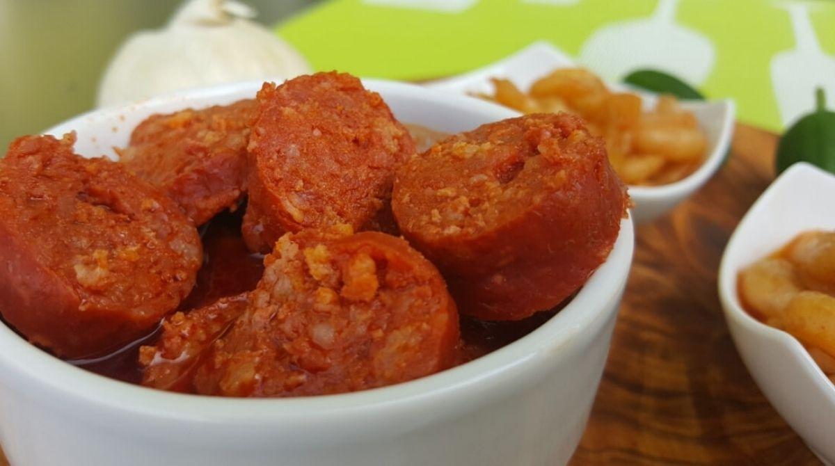 """spanische Tapas: Rezept für Chorizo mit Cidre """"Chorizos con Sidra"""""""